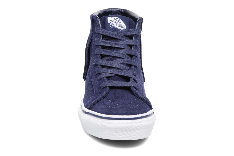 Sneakers Vans SK8-Hi Moc K Azzurro modello indossato