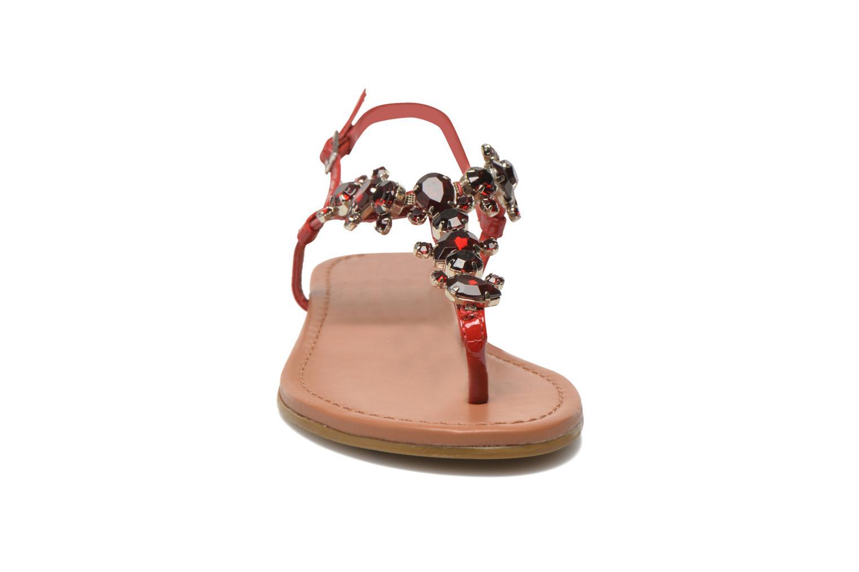 Sandales et nu-pieds Buffalo Manzi Rouge vue portées chaussures