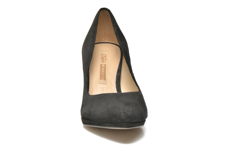 Zapatos de tacón Buffalo Leonce Negro vista del modelo