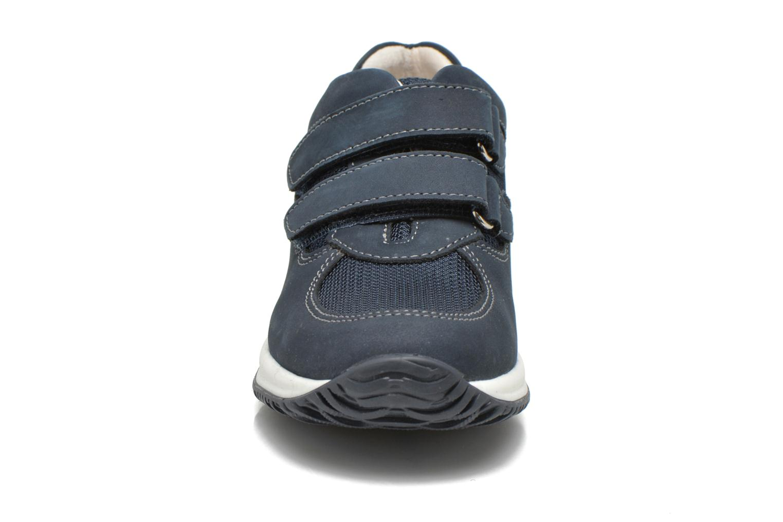Baskets Primigi Irding Bleu vue portées chaussures