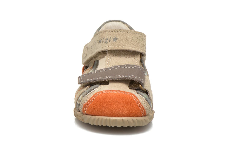 Sandales et nu-pieds Primigi Daniel Beige vue portées chaussures