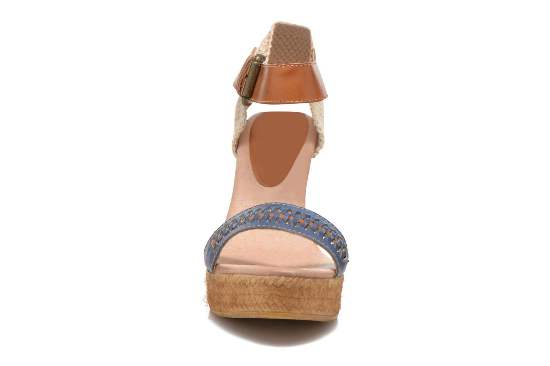 Sandali e scarpe aperte Pikolinos Villajoyos 977-8122 Azzurro modello indossato