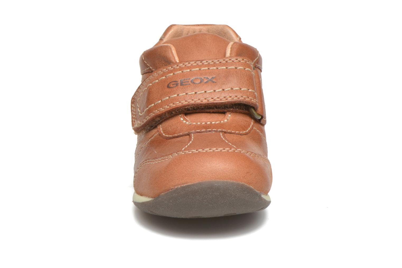 Schoenen met klitteband Geox B Each Boy B540BD Bruin model
