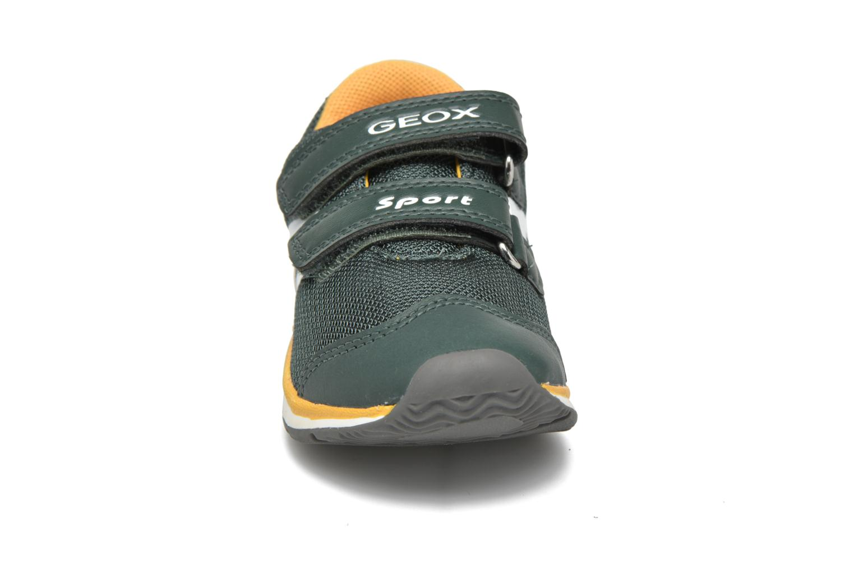 Sneaker Geox B Teppei Boy B54S9C grün schuhe getragen