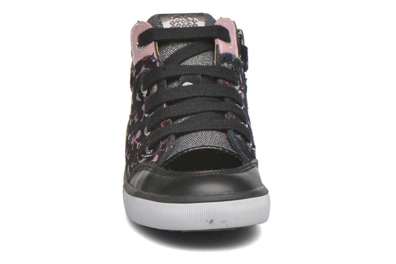 Baskets Geox B Kiwi Girl B54D5F Noir vue portées chaussures
