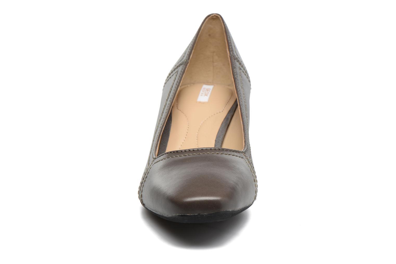 Escarpins Geox D Brianna D44M1C Gris vue portées chaussures