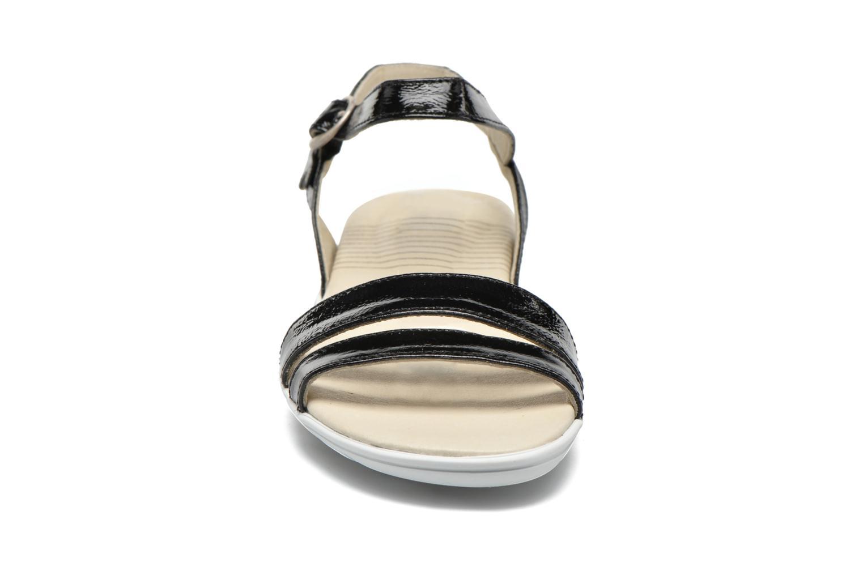 Sandalen TBS Nikkia schwarz schuhe getragen
