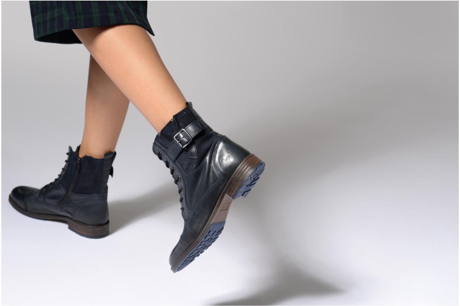 Ankle boots Mustang shoes Muchau Blue view from underneath / model view