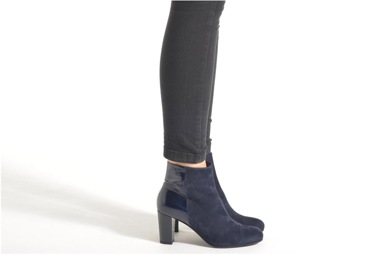 Bottines et boots Perlato Patrizia Bleu vue bas / vue portée sac