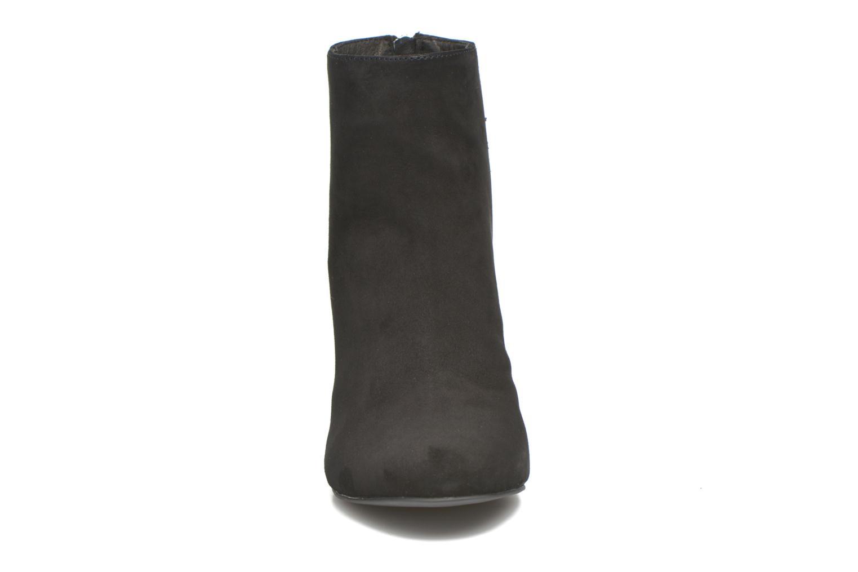 Bottines et boots Steve Madden Sinthia Noir vue portées chaussures