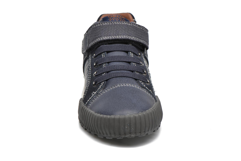 Baskets Geox JR Mythos J54L4B Bleu vue portées chaussures