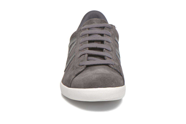 Sneakers Armani Jeans Lucas Grå bild av skorna på