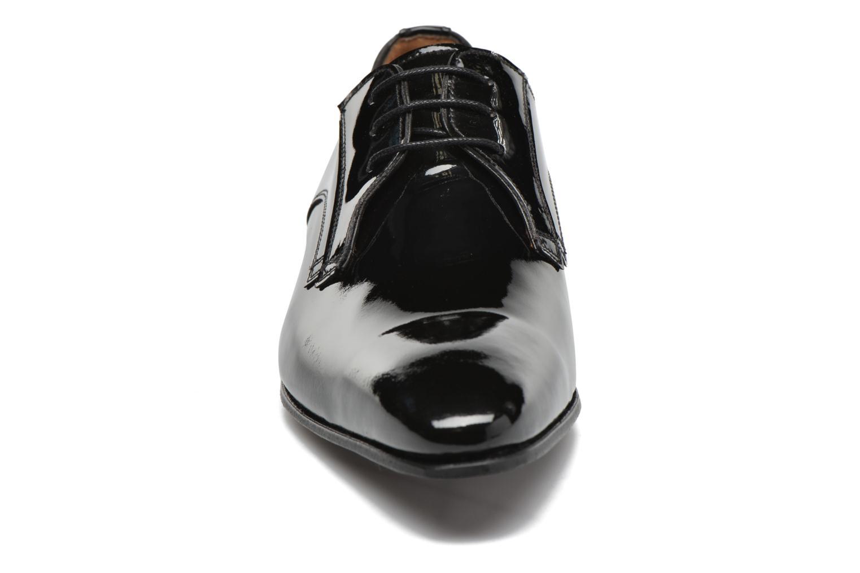 Zapatos con cordones Finsbury Campoli2 Negro vista del modelo