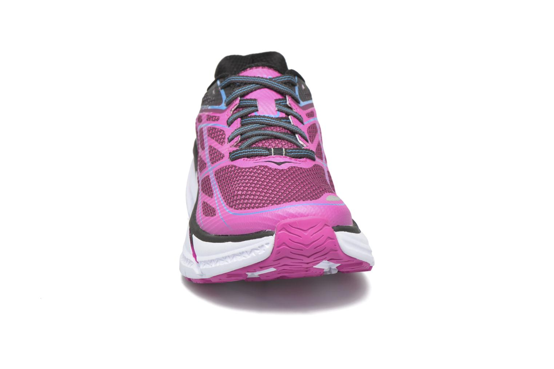 Chaussures de sport Hoka One One Clifton 3 W Rose vue portées chaussures