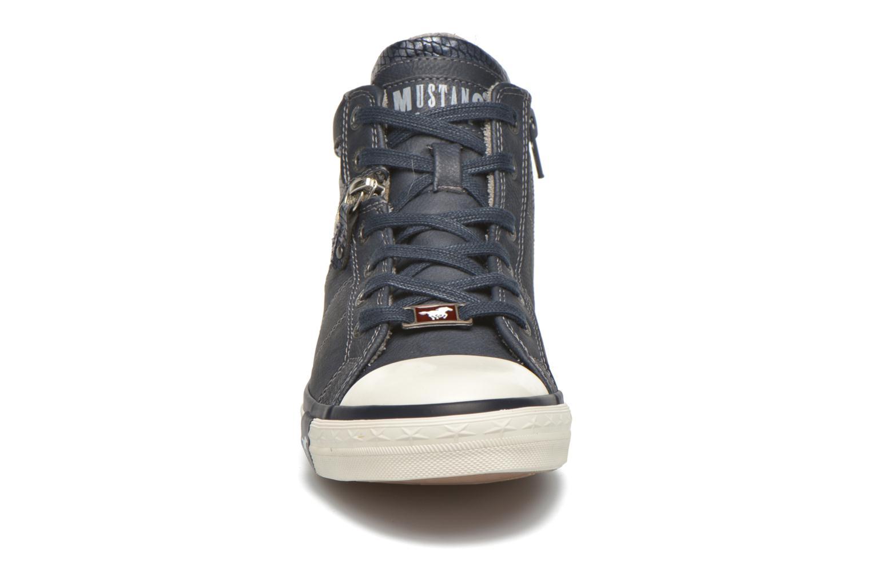 Sneaker Mustang shoes Leni blau schuhe getragen