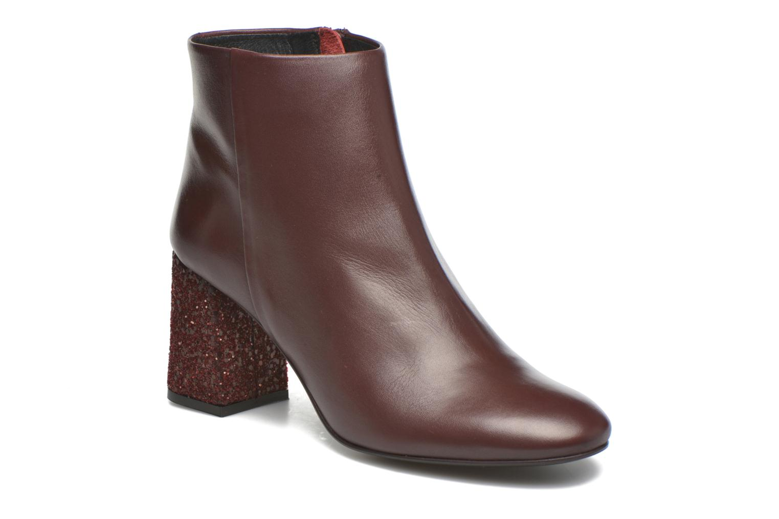 Ankle boots Georgia Rose Divala Burgundy detailed view/ Pair view