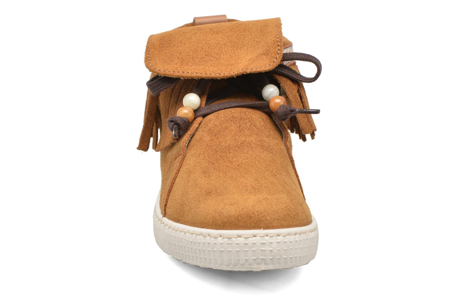 Trainers Victoria Botin Flecos Serraje F Brown model view