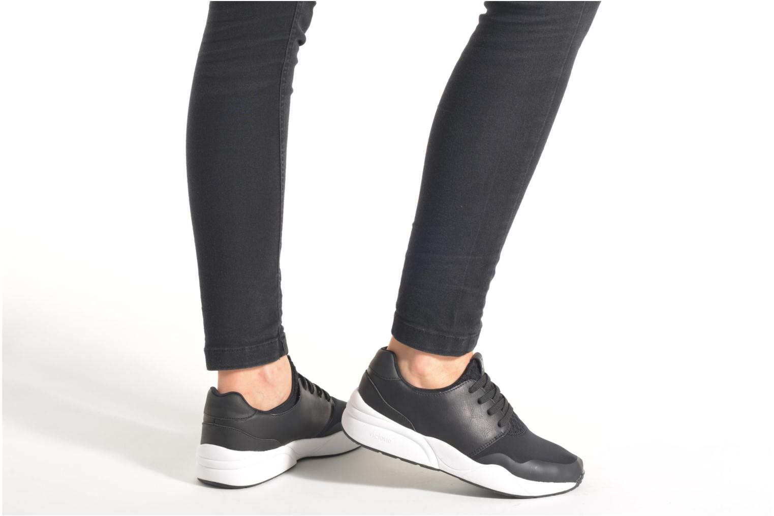 Trainers Victoria Sneakers neopreno Black view from underneath / model view