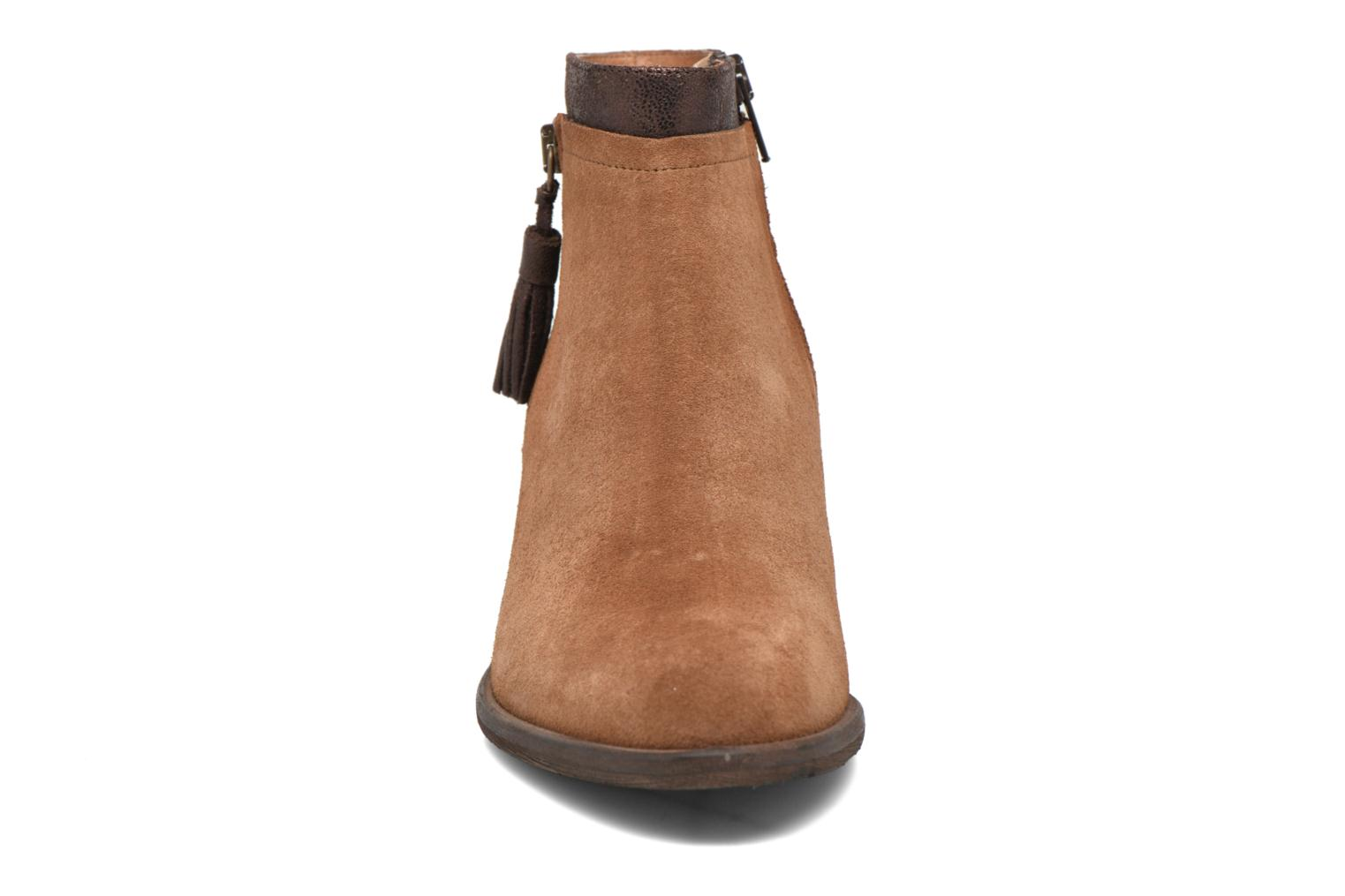 Ankle boots Schmoove Woman Neptune zip boots Brown model view