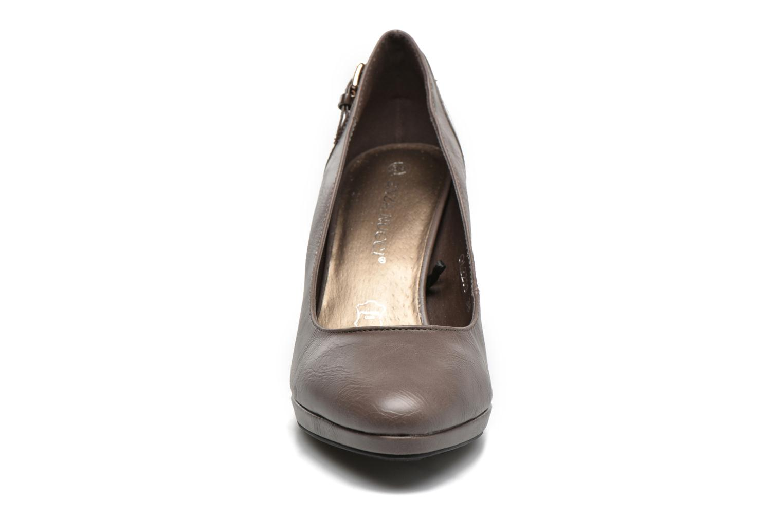 High heels Enza Nucci Gabriella Beige model view