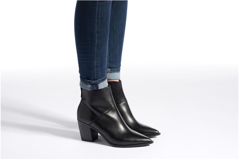 Bottines et boots Aldo CHANTILA Noir vue bas / vue portée sac