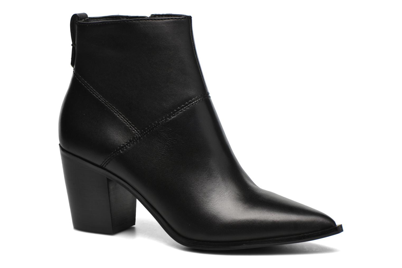 CHANTILA Black Leather97