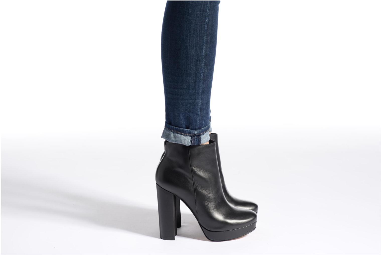 Bottines et boots Aldo EMMANUELA Noir vue bas / vue portée sac