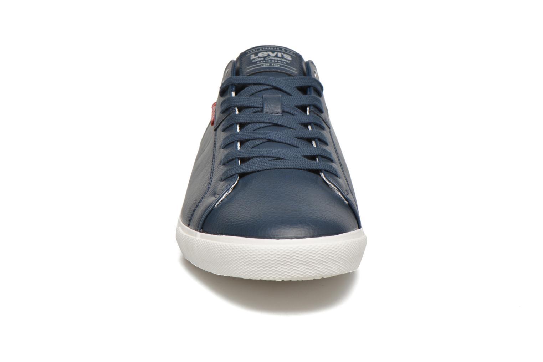 Baskets Levi's Woods Bleu vue portées chaussures