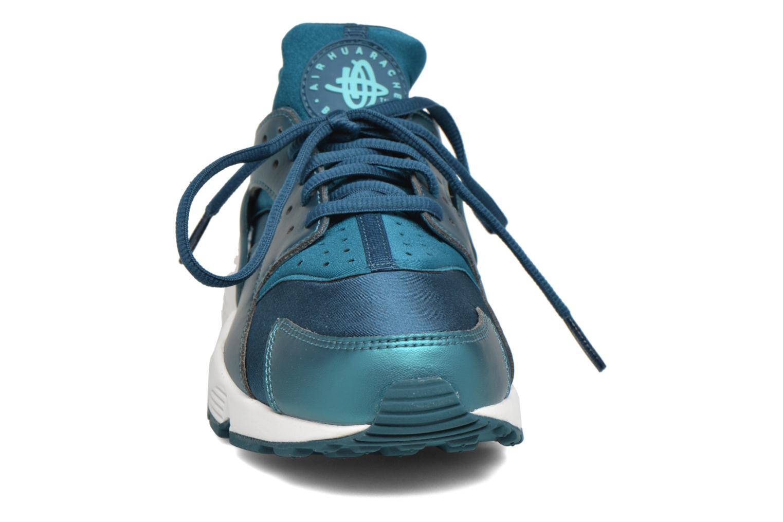 Baskets Nike W Air Huarache Run Se Bleu vue portées chaussures
