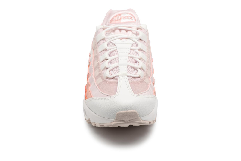 Sneakers Nike Wmns Air Max 95 Rosa modello indossato