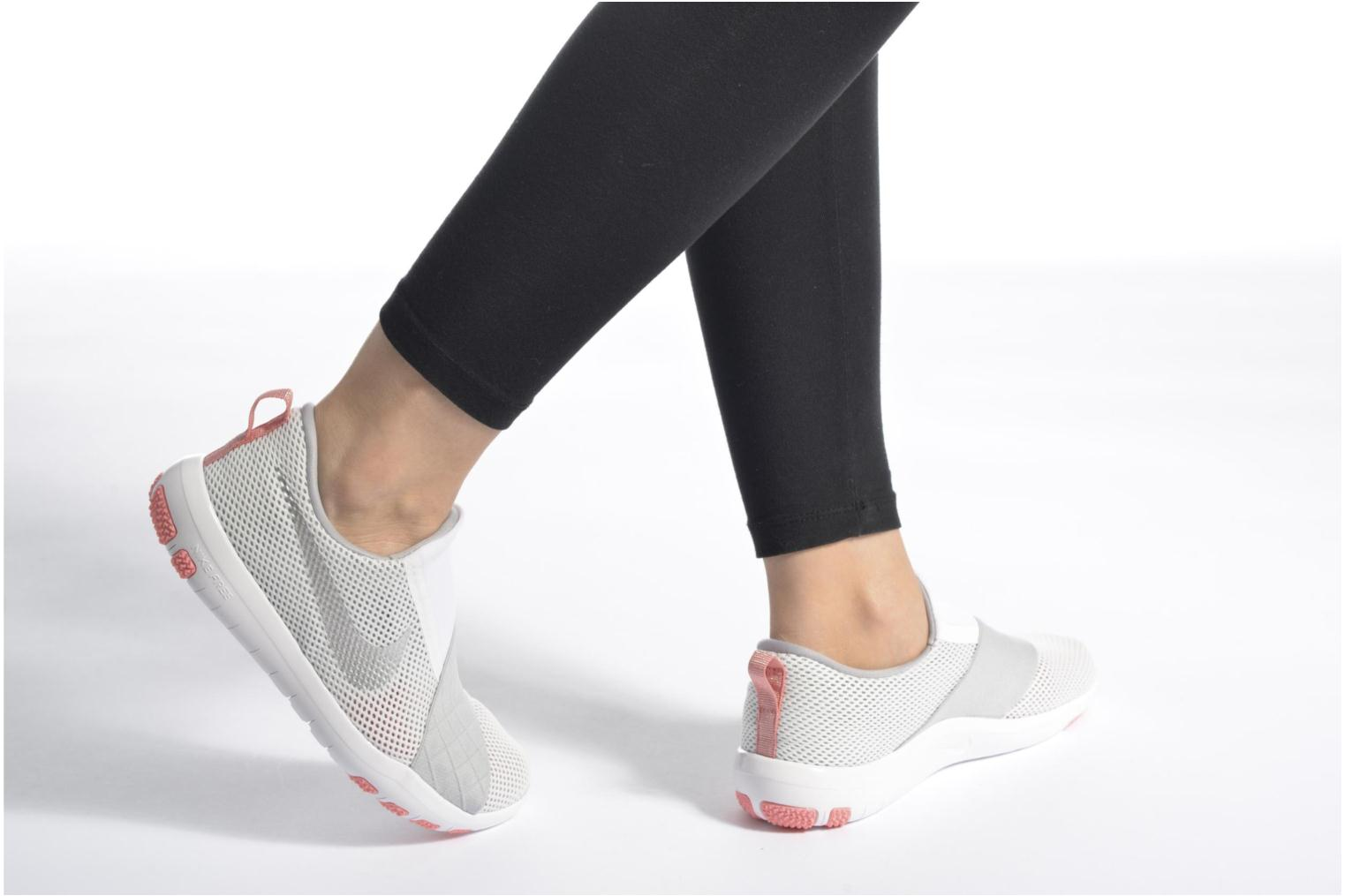 Sport shoes Nike Wmns Nike Free Connect Grey view from underneath / model view