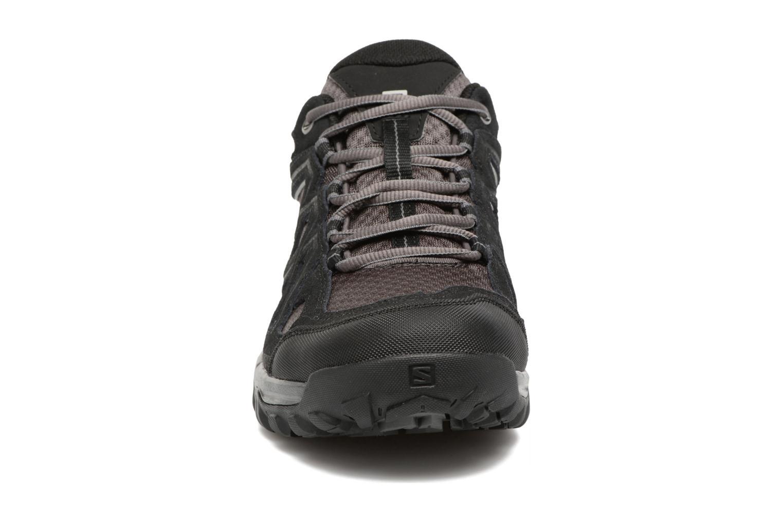 Sportssko Salomon Evasion 2 Aero Sort se skoene på