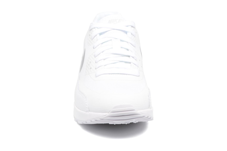 Baskets Nike W Air Max 90 Ultra 2.0 Blanc vue portées chaussures