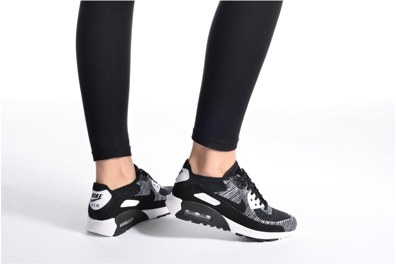 Trainers Nike W Air Max 90 Ultra 2.0 Flyknit Black view from underneath / model view