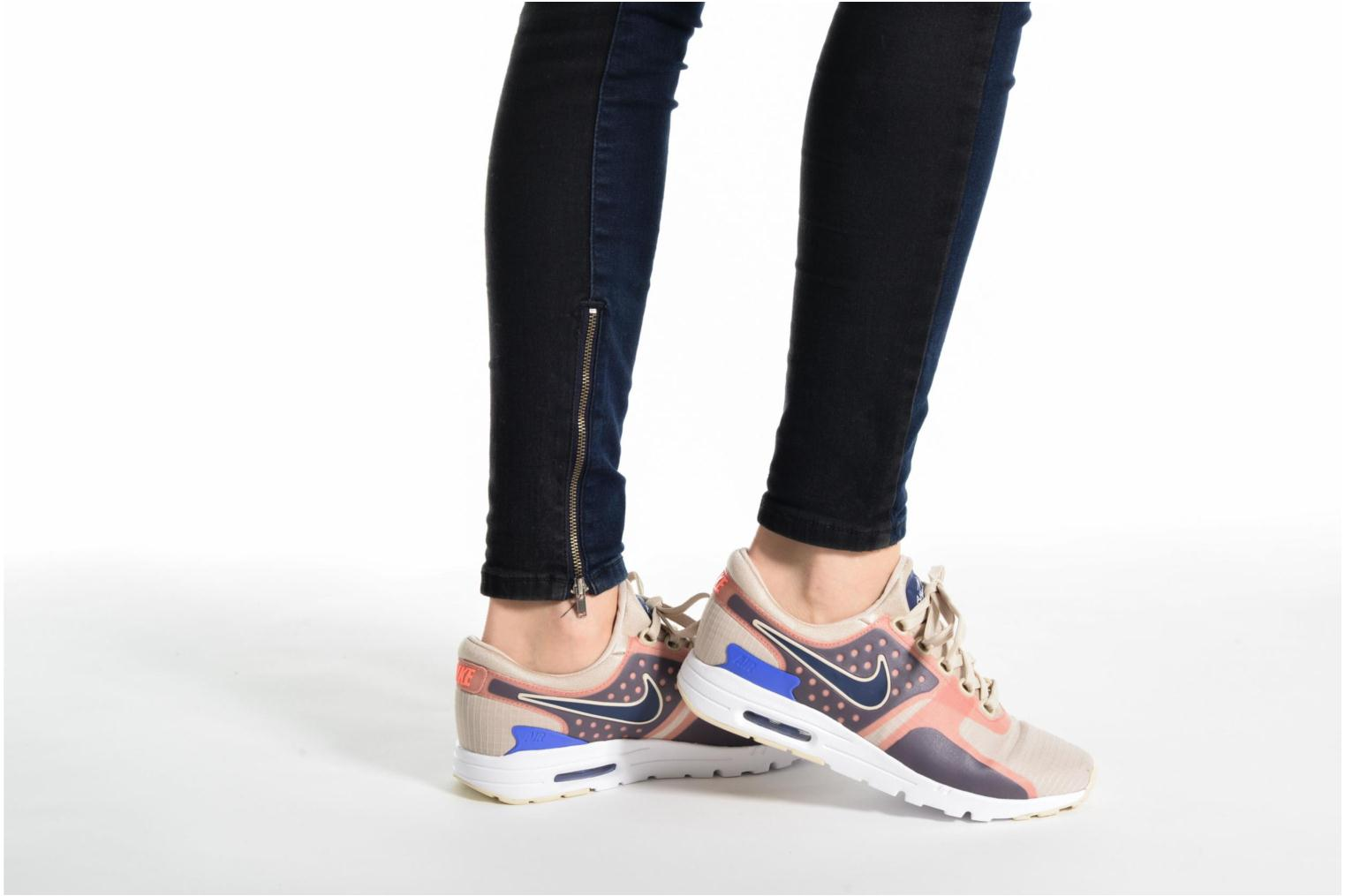 Trainers Nike W Air Max Zero Si White view from underneath / model view