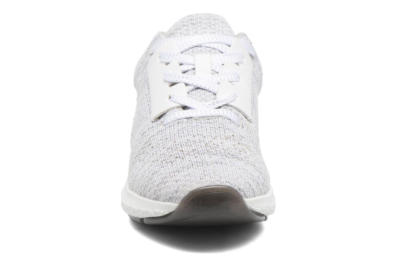 Baskets Bullboxer Ziza Argent vue portées chaussures