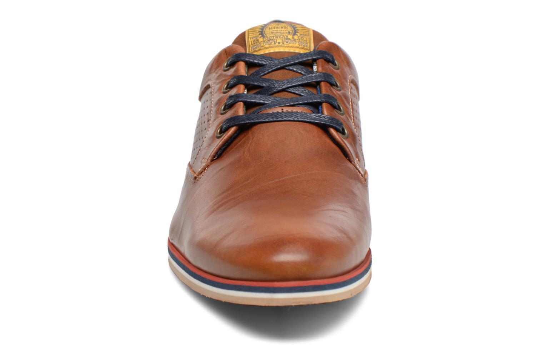 Chaussures à lacets Bullboxer Hemlock 2 Marron vue portées chaussures