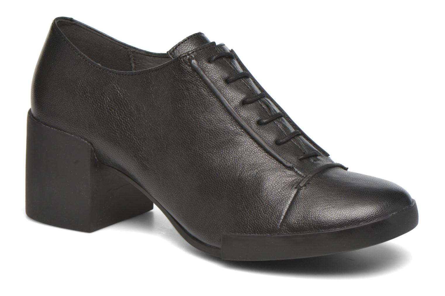 Ankle boots Camper Lotta Lace Black detailed view/ Pair view