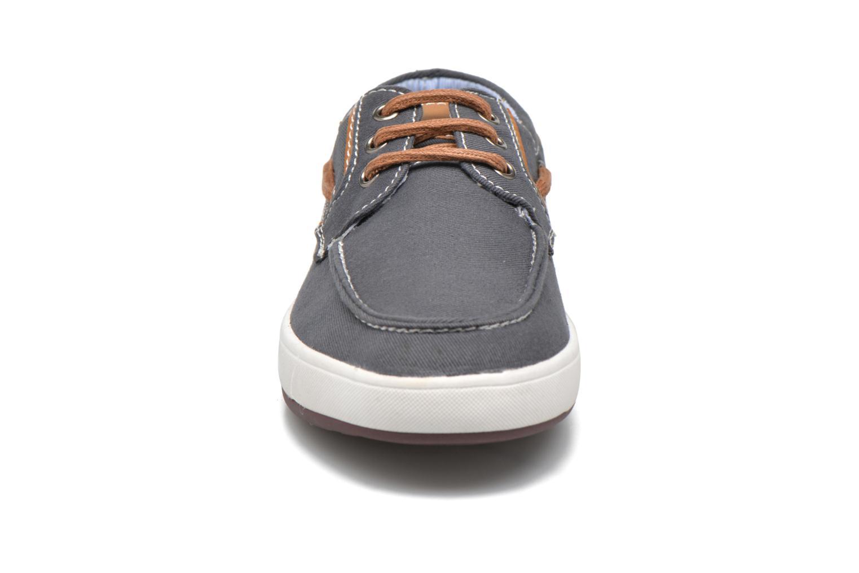 Deportivas I Love Shoes KEBOAT Azul vista del modelo