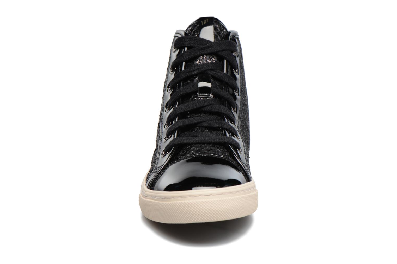 Sneaker Geox D NEW CLUB E D5458E schwarz schuhe getragen