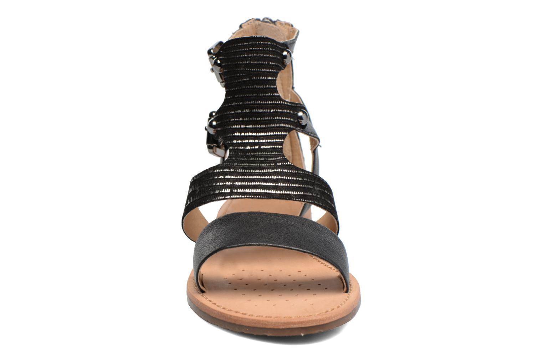 Sandali e scarpe aperte Geox D SOZY G D722CG Nero modello indossato