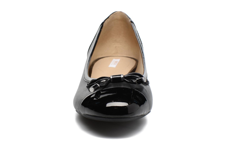 Ballerines Geox D WISTREY F D724GF Noir vue portées chaussures