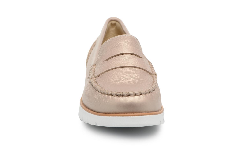 Mocassins Geox D KOOKEAN F D724PF Beige vue portées chaussures