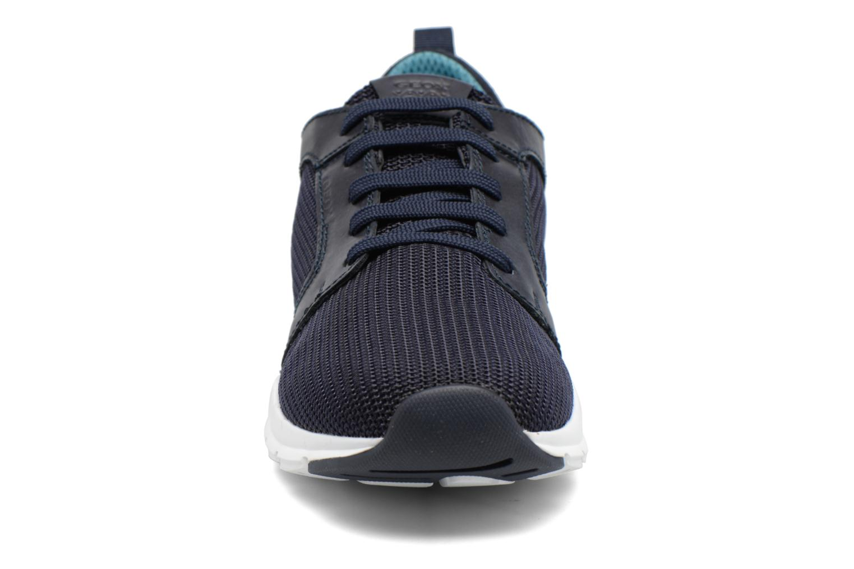 Baskets Geox U CALAR B U722GB Bleu vue portées chaussures