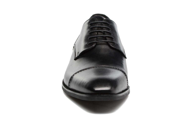 Chaussures à lacets Geox U NEW LIFE B U72P4B Noir vue portées chaussures