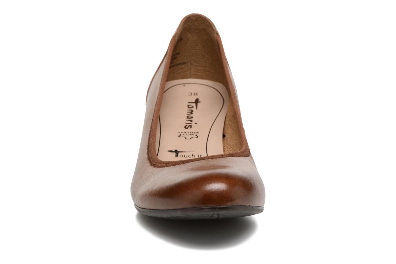 Escarpins Tamaris Forsythia Marron vue portées chaussures
