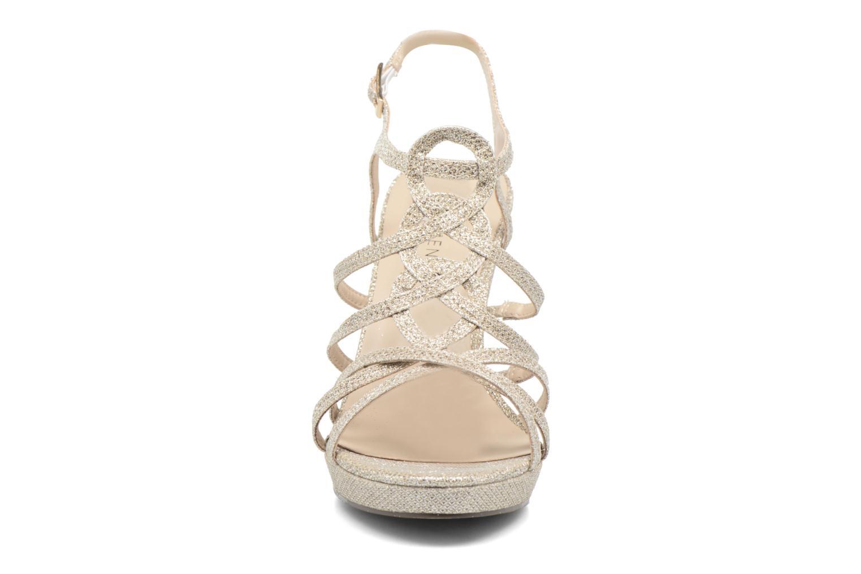 Sandales et nu-pieds Menbur BEGONIA Or et bronze vue portées chaussures