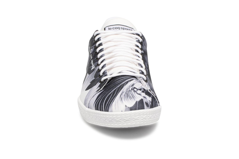 Sneakers Le Coq Sportif Charline Kahori Maki Nero modello indossato