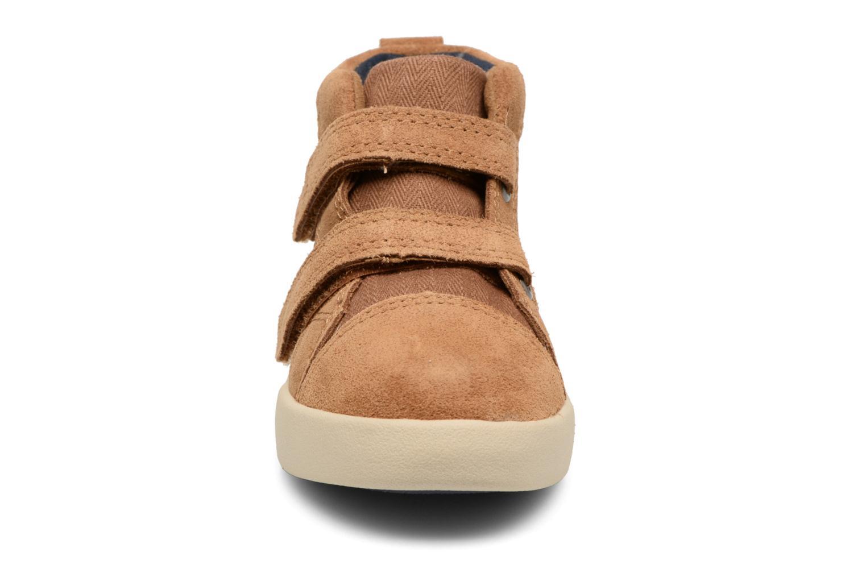 Chaussures à scratch UGG Rennon Herringbone Marron vue portées chaussures