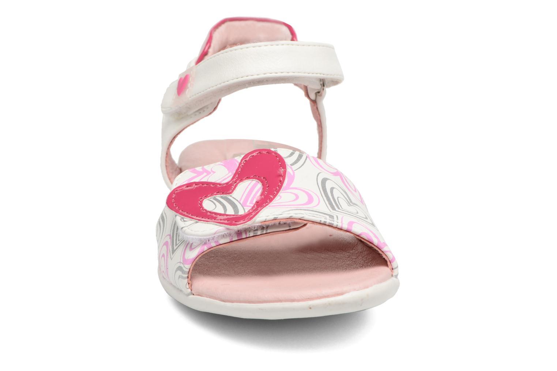 Sandales et nu-pieds Agatha Ruiz de la Prada Clever 3 Blanc vue portées chaussures